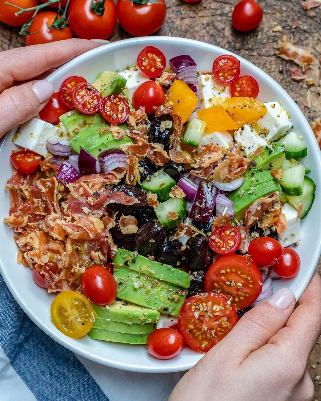 Salata Greceasca Cu Bacon Si Avocado - Reteta Keto 3