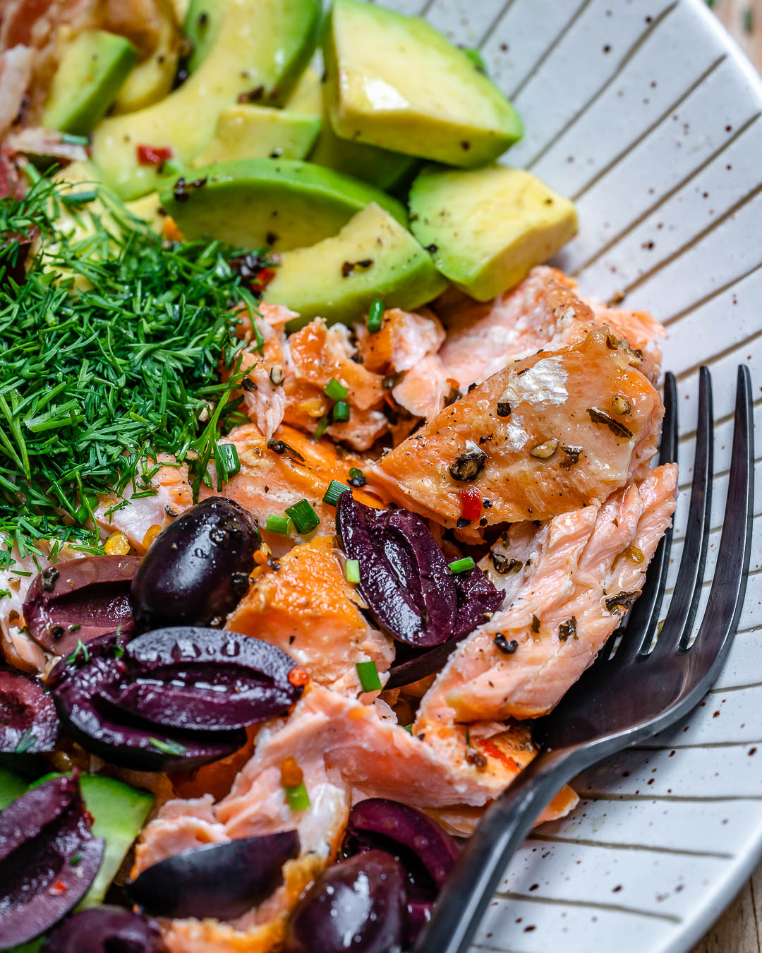 Seared Salmon Avocado Salad - Paleo / Whole30 / Keto Recipe 9