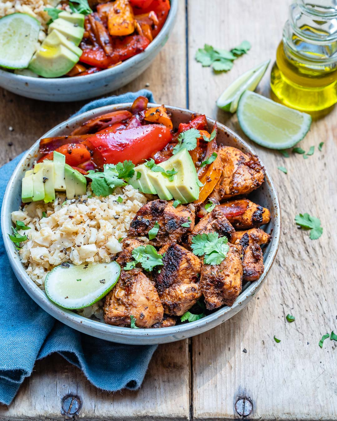 Chipotle Chicken Bowl With Cauliflower Rice (Paleo/Whole30 Recipe)-12