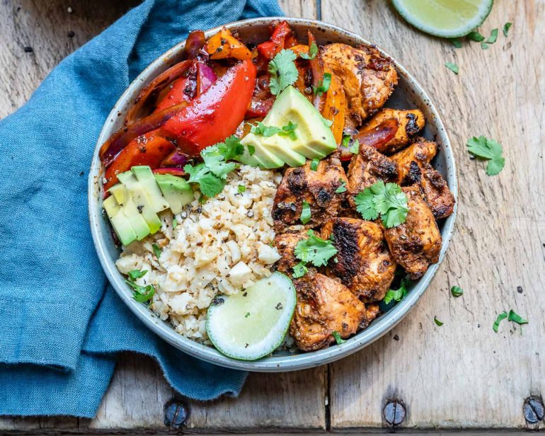 Chipotle Chicken Bowl With Cauliflower Rice (Paleo:Whole30 Recipe) 2