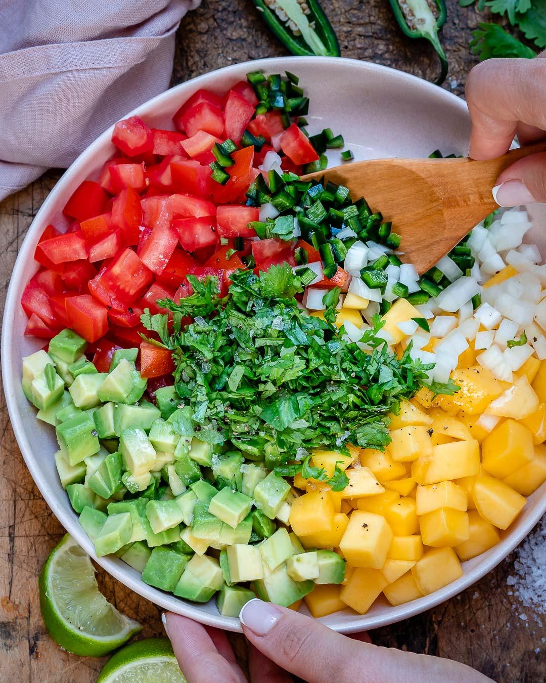 Salata De Avocado Si Mango - Reteta Paleo & Whole30