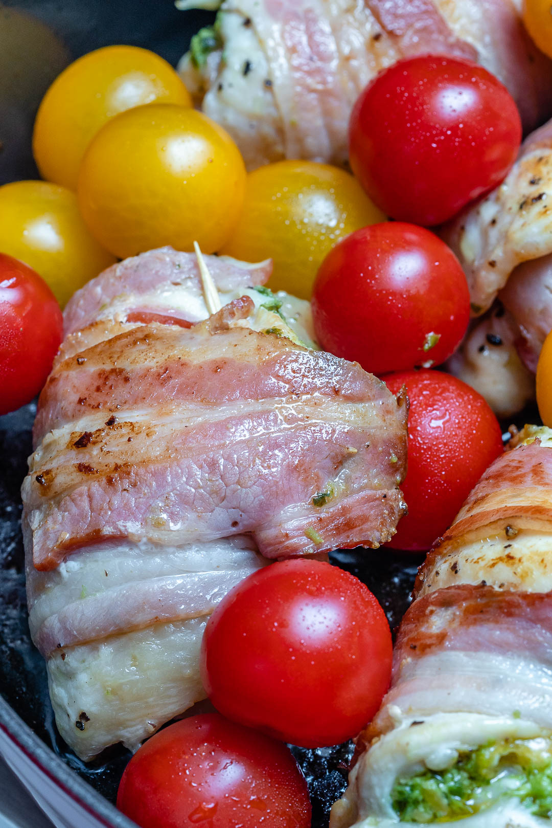 Bacon wrapped chicken roll-ups - Easy Chicken Pesto Roll Ups Recipe-9