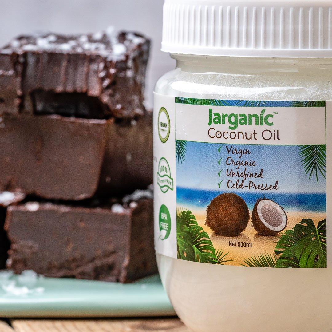 Easy Chocolate Fudge Recipe (Vegan & Paleo)-11