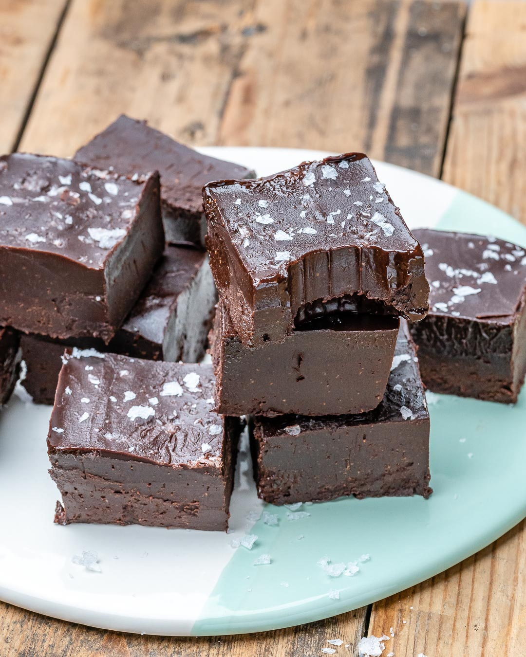 Easy Chocolate Fudge Recipe (Vegan & Paleo)-5