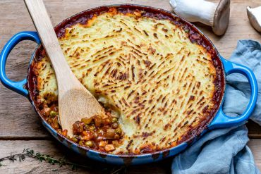Easy Vegan Shepherd's Pie Recipe-1