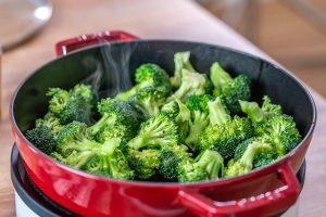 Tigaie De Vita Cu Broccoli (Reteta Paleo / Whole30)