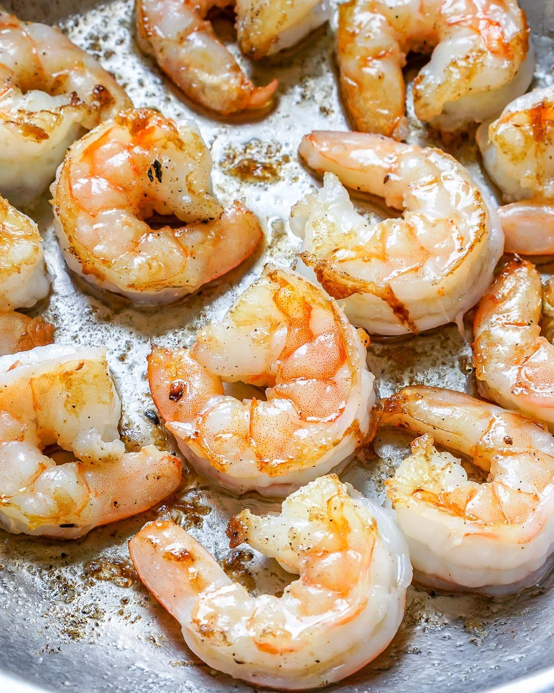 Creamy Garlic Shrimp With Parmesan – Easy Keto Recipe-2