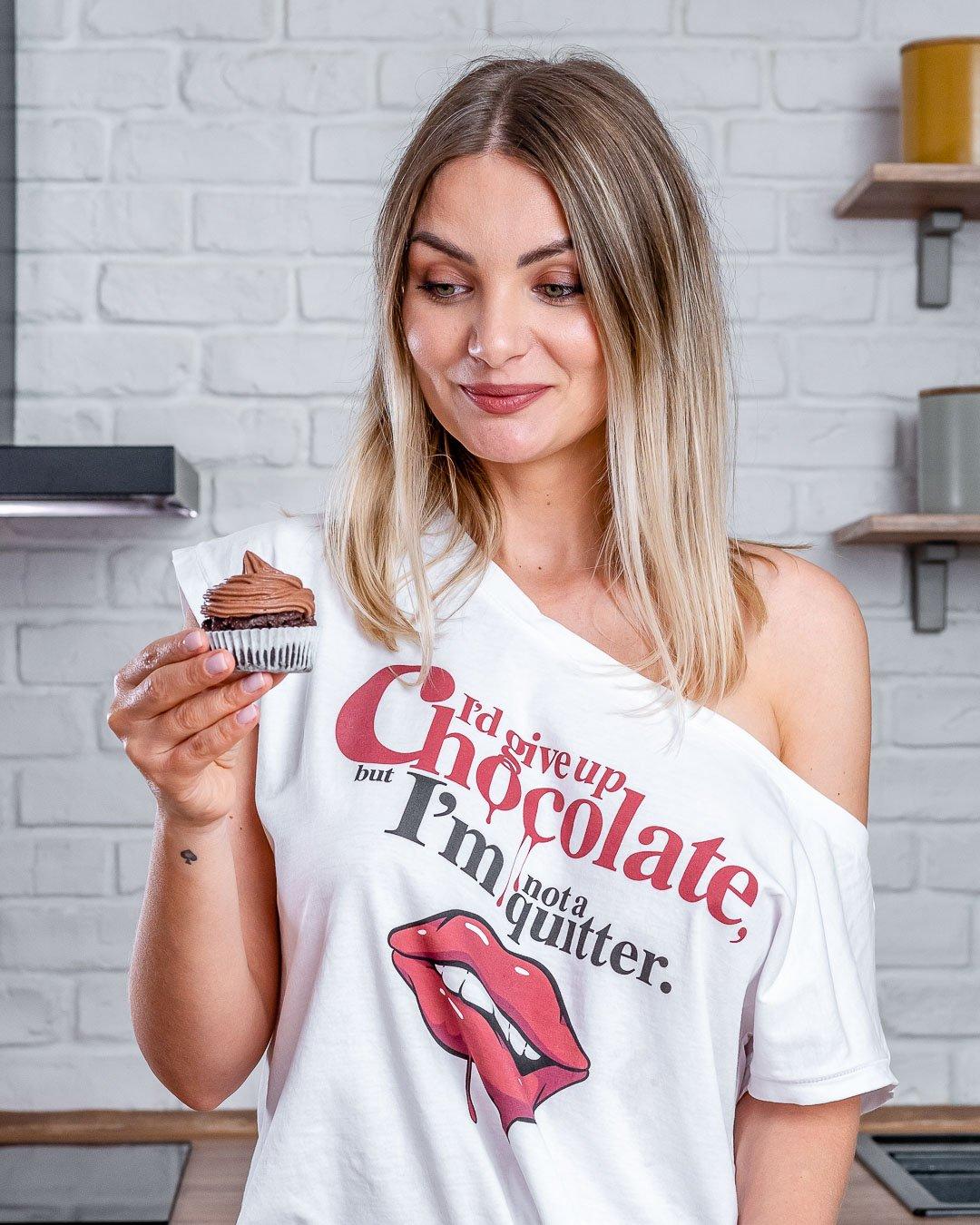 Blondelish - Petits gâteaux au chocolat Keto avec glaçage au fromage à la crème - Comment faire des cupcakes au chocolat à partir de zéro-18