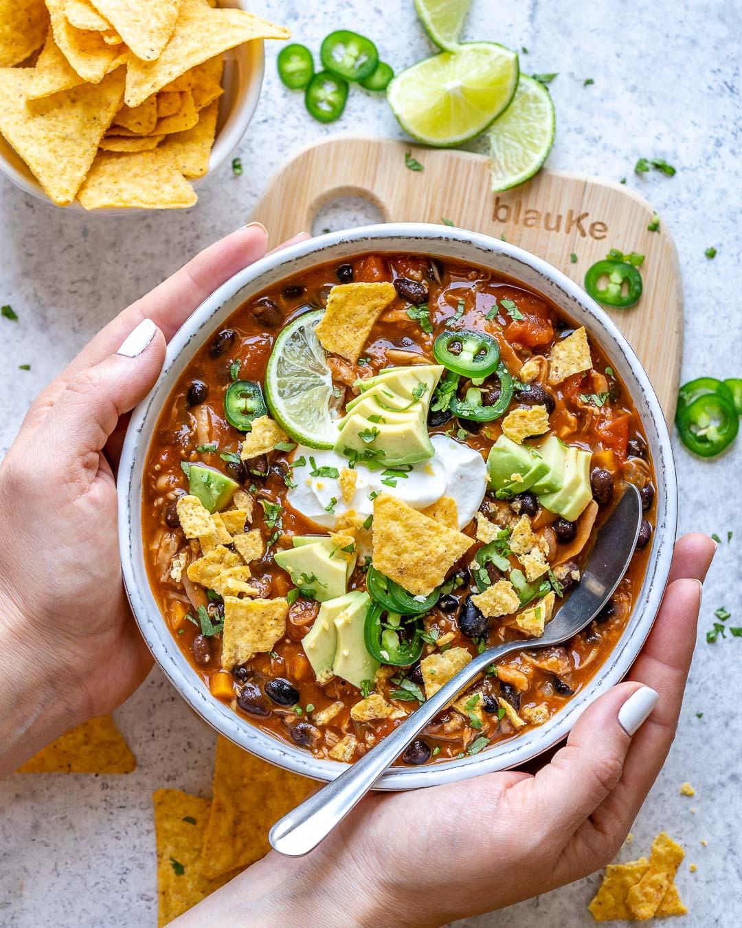 Easy Vegan Chili Recipe Best Vegetarian Chili Blondelish Com