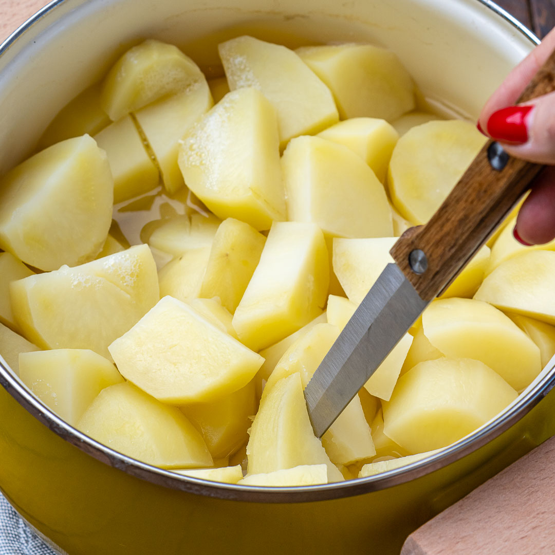Reteta de Piure de Cartofi Pufos si Cremos 10