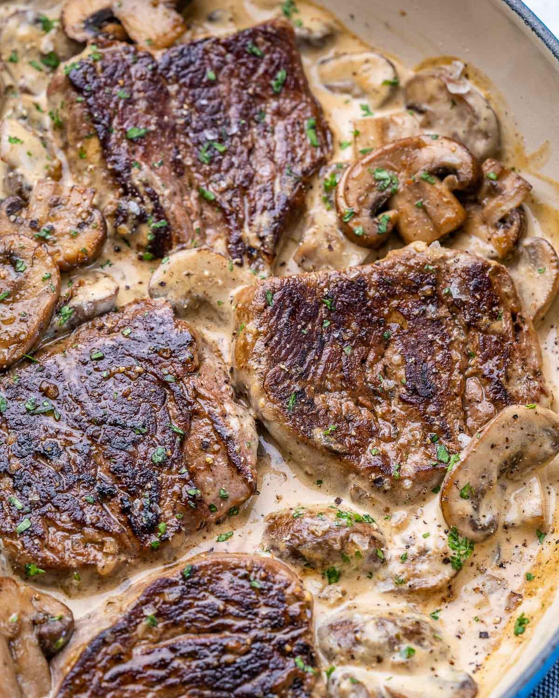 Reteta de Friptura de vita la tigaie cu sos de ciuperci 7